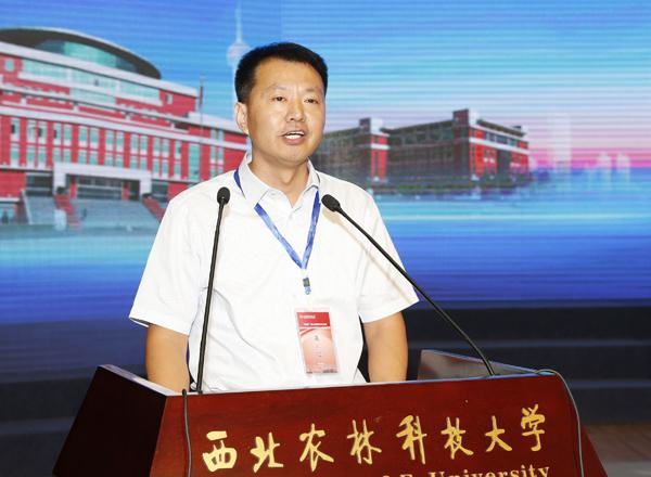 华裕农业科技有限公司常务副总裁闫文亮致辞